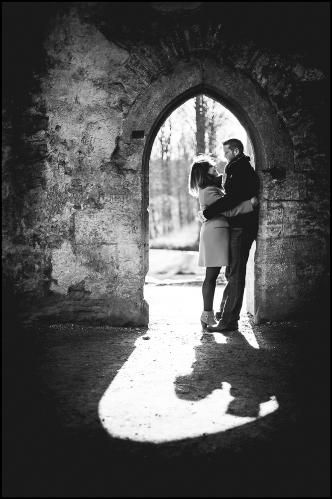 Jess & Matt, Minster Lovell Ruins engagement photography, Oxfordshire  .