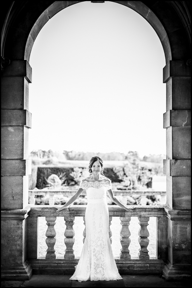Maria & Tokay. Eynsham Hall, Oxfordshire wedding photography  .