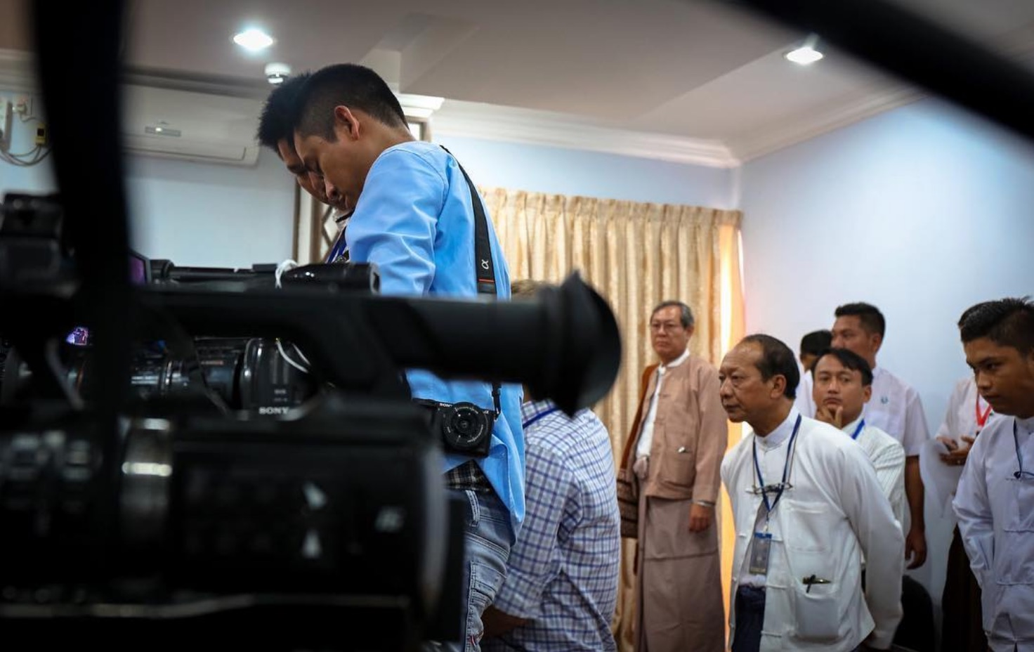 The usual press pool look. Nay Pyi Taw. November 2017