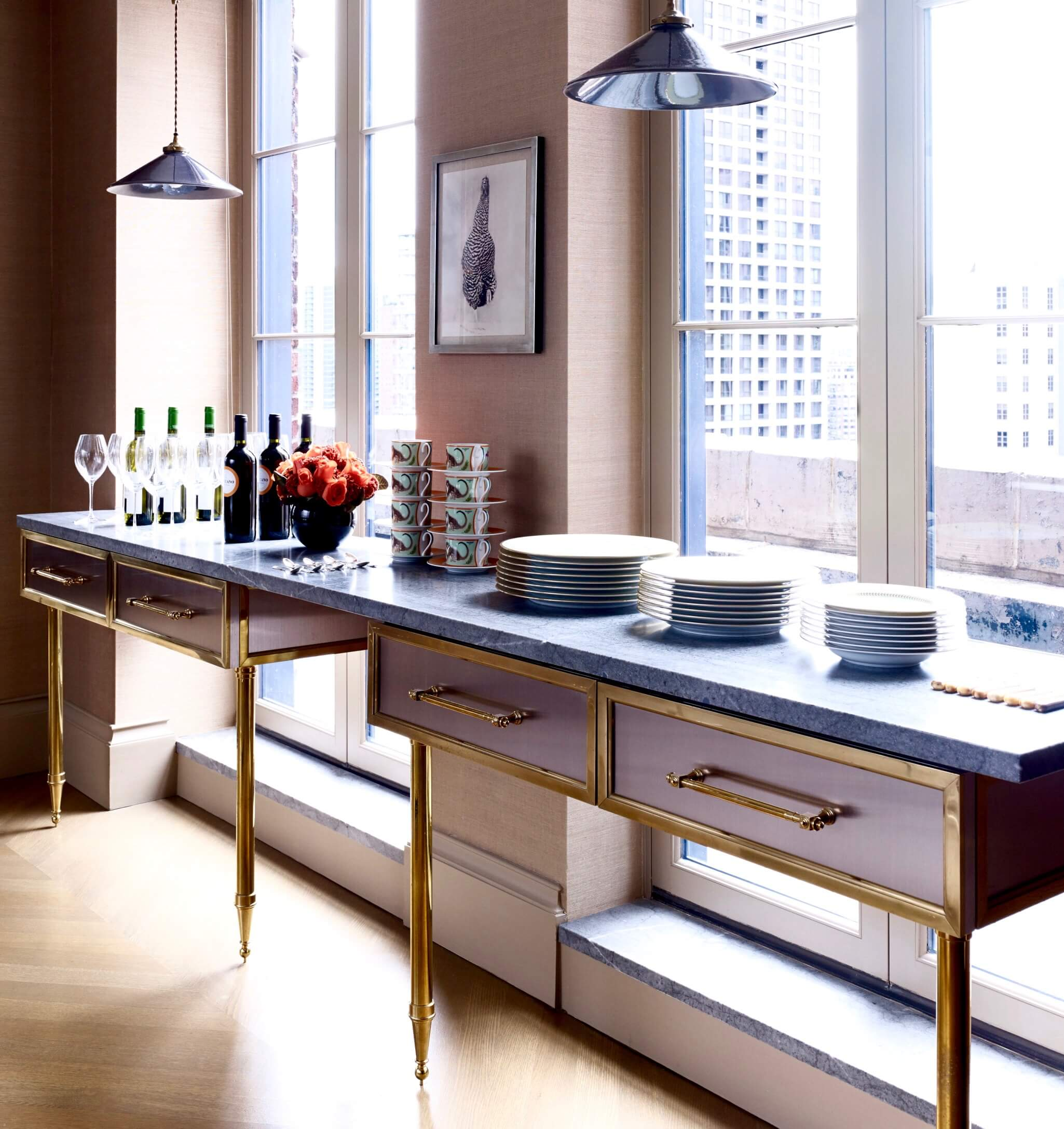 9 20 E CEDAR ST PENTHOUSE KITCHEN BAR 2018.jpg