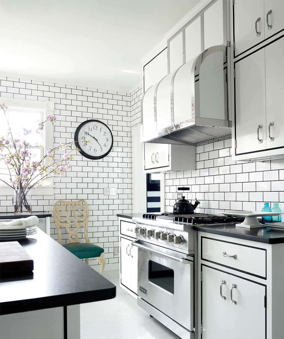 8 SOUTHAMPTON COTTAGE WEBSITE KITCHEN RANGE 2018.jpg