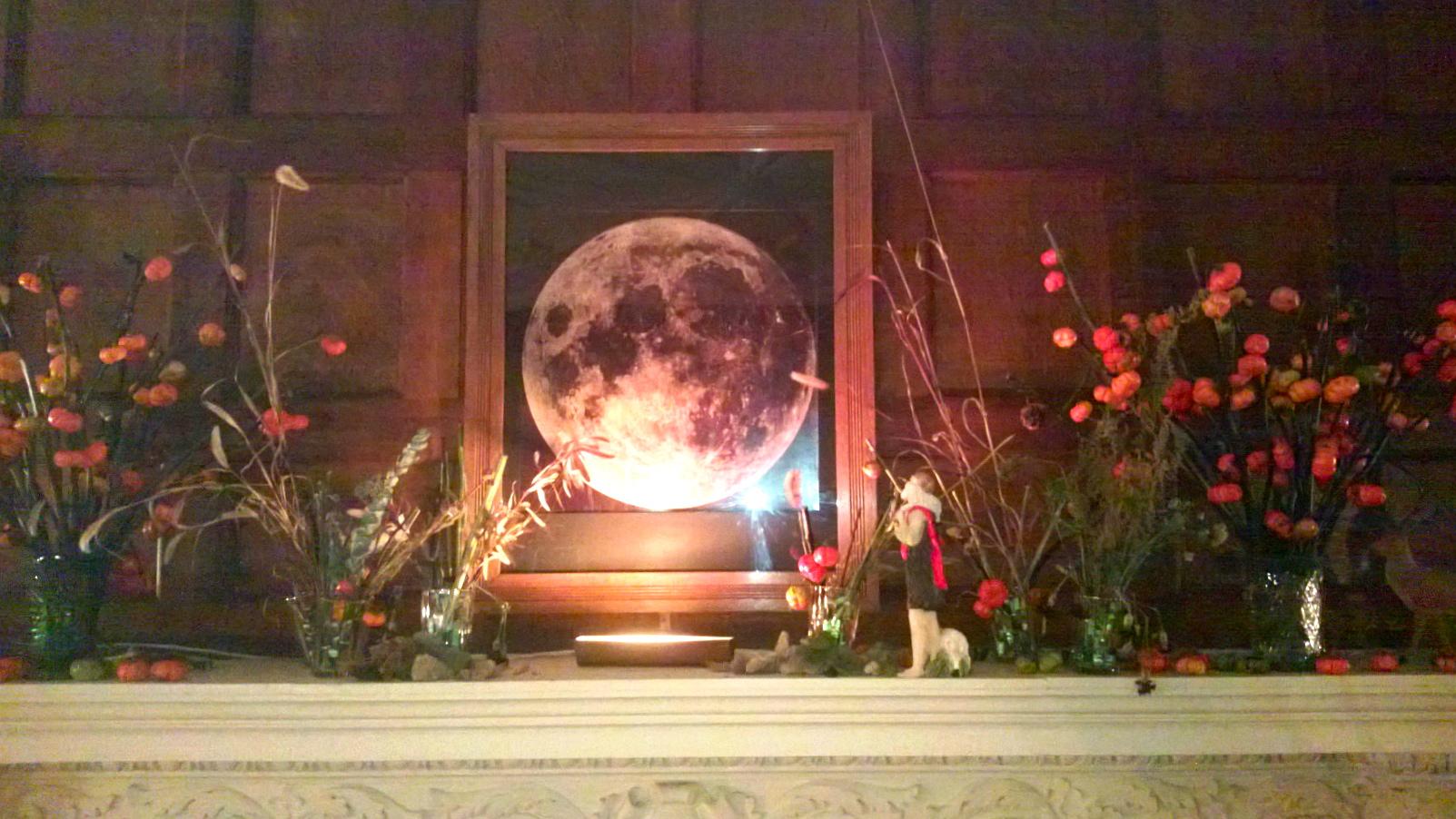 Moon Mantle.jpg