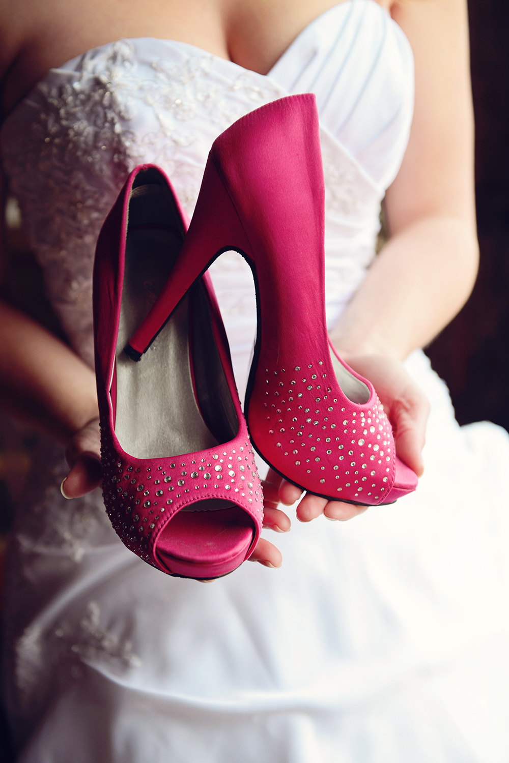 wedding-pink-shoes