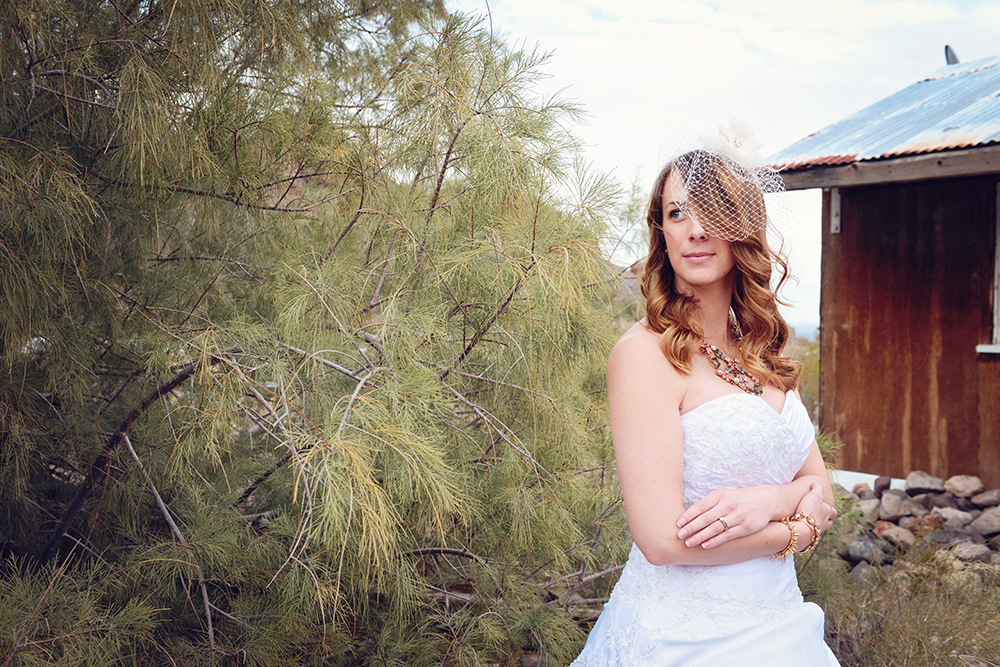 rustic-portraits-las-vegas-wedding