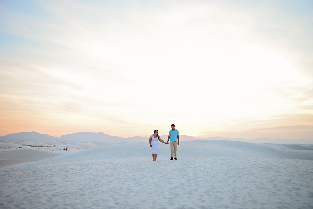 las-cruces-sunset-couples-white-sands