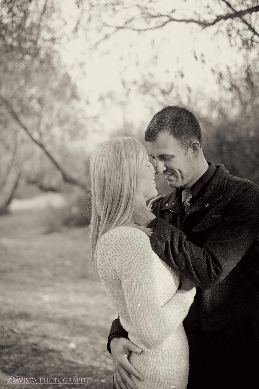 kiss-photos-of-a-couple-dustin