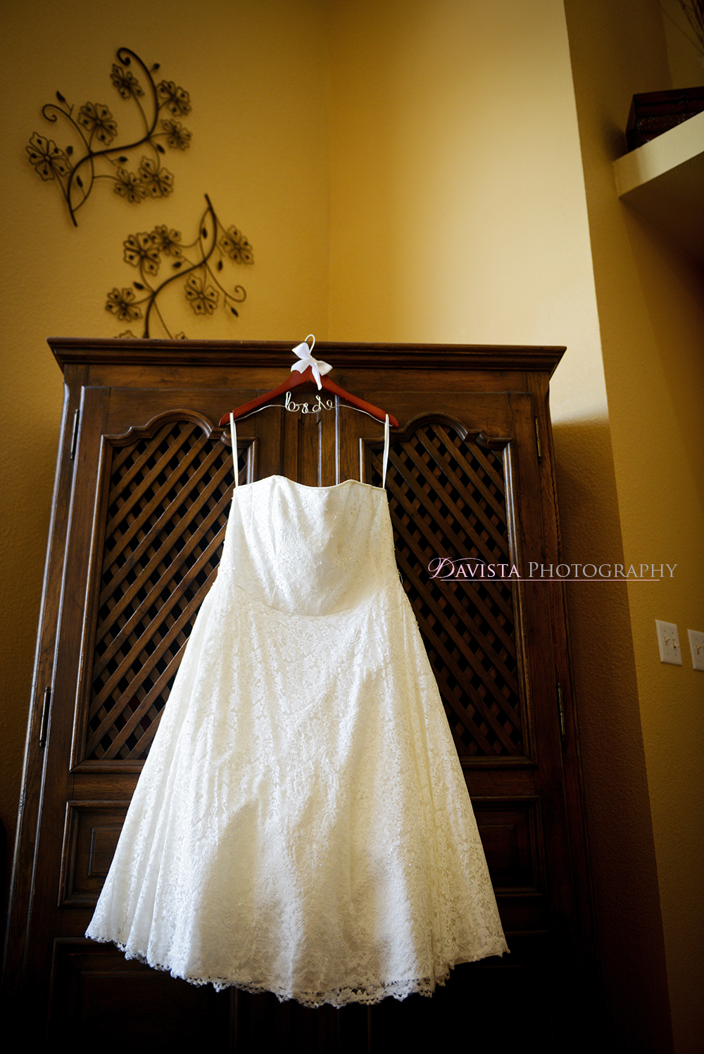 personalized-bridal-hanger-wedding-dress-new-mexico