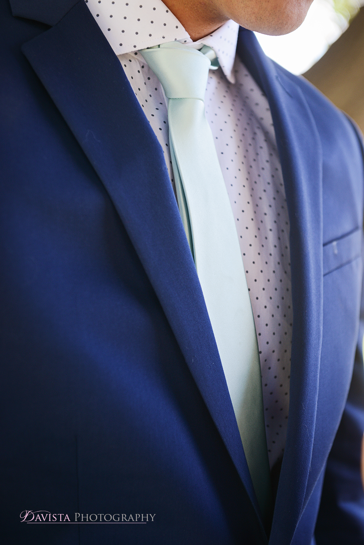 groom-suit-express-mint-tie