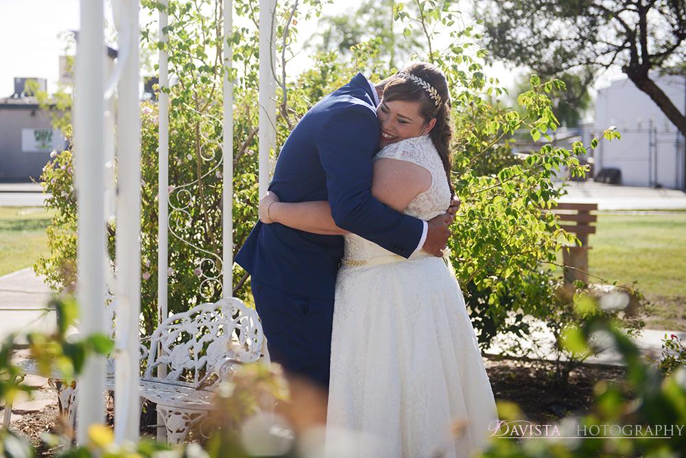 first-look-alamogordo-wedding-kingdom-hall