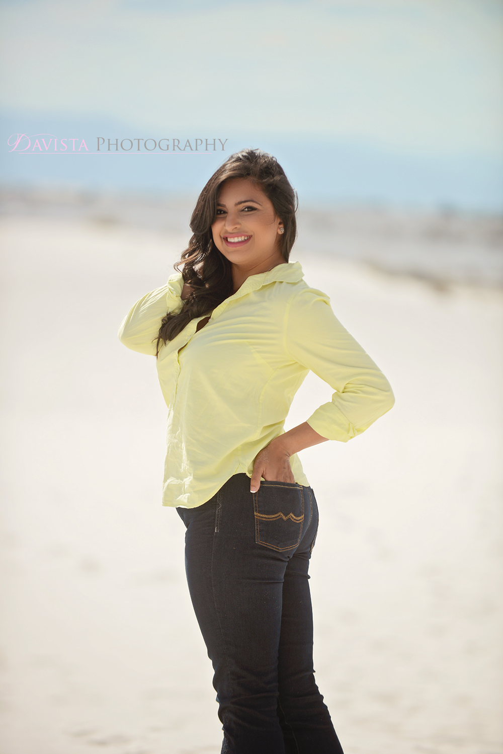 how-to-pose-women-naturally-