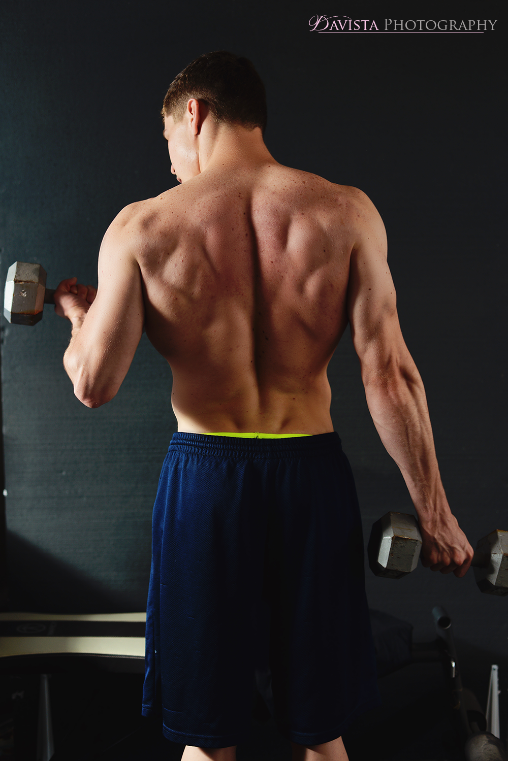 lifting-posing-