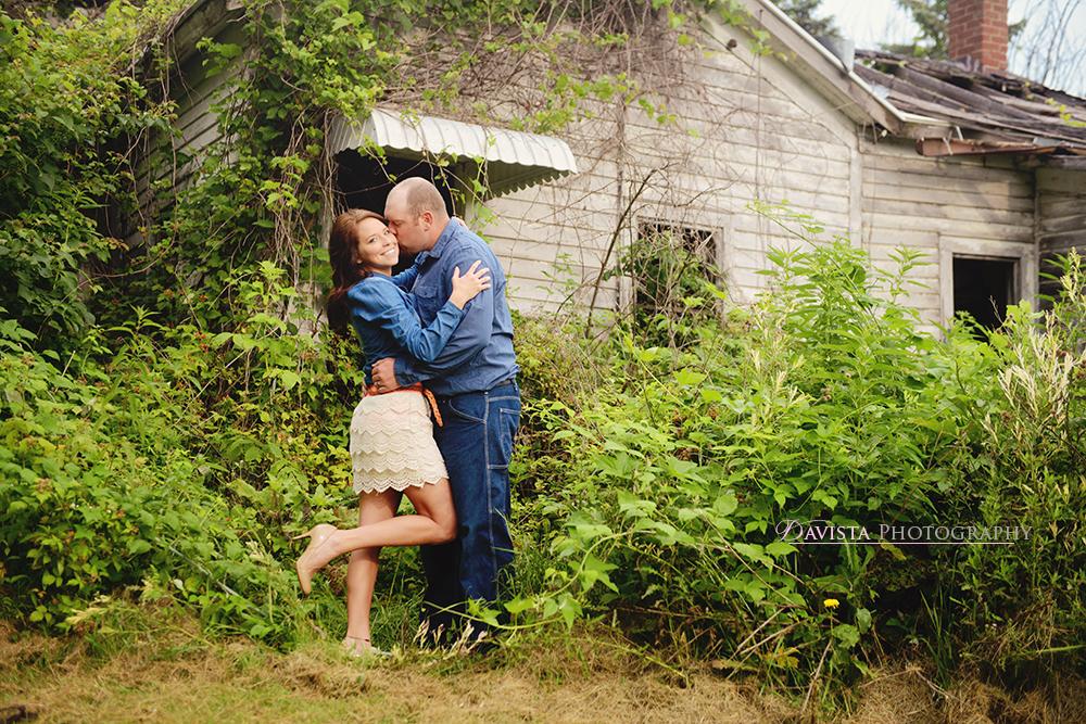 cute-kiss-couple-farm-photography