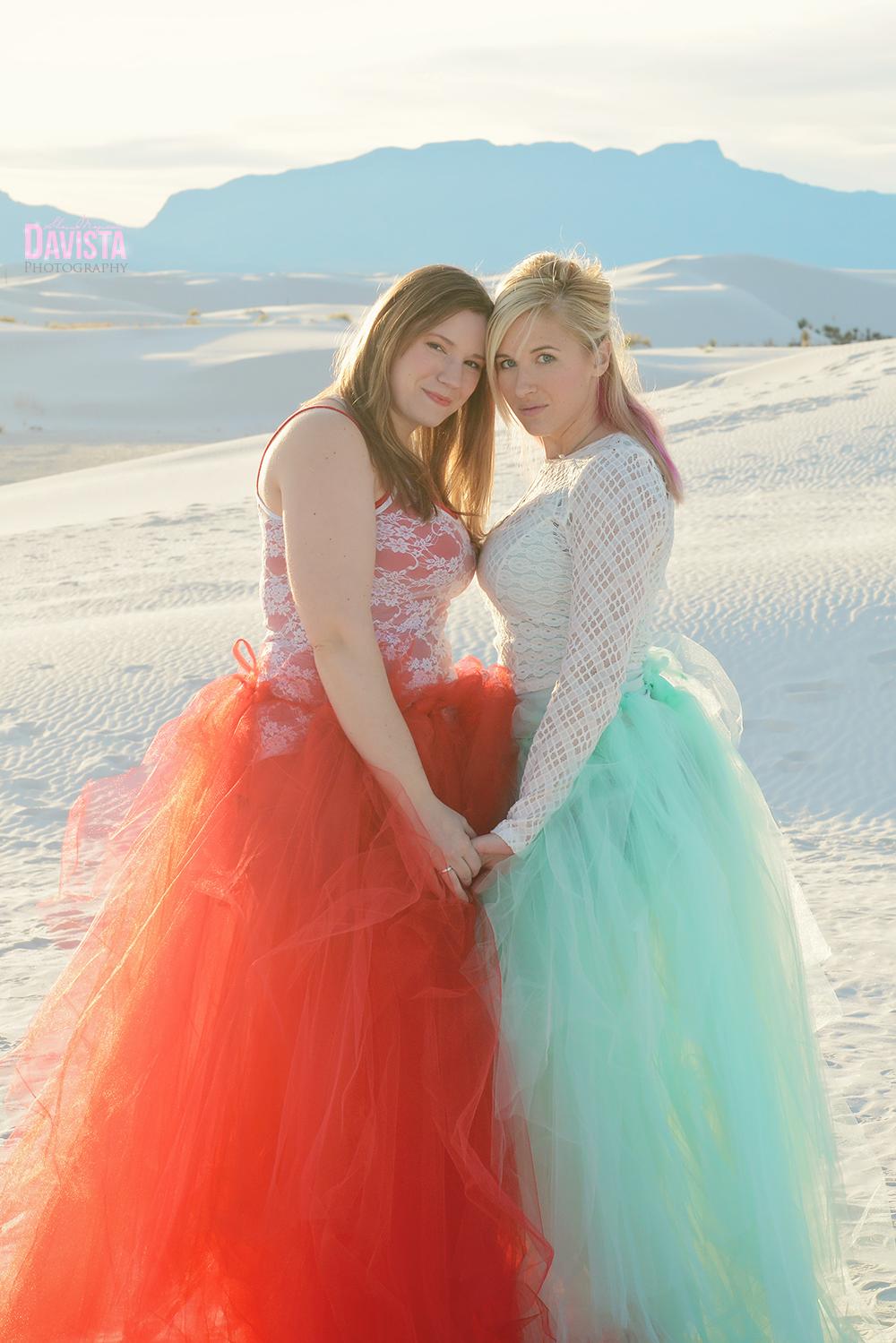 friends-poses-tulle-skirt