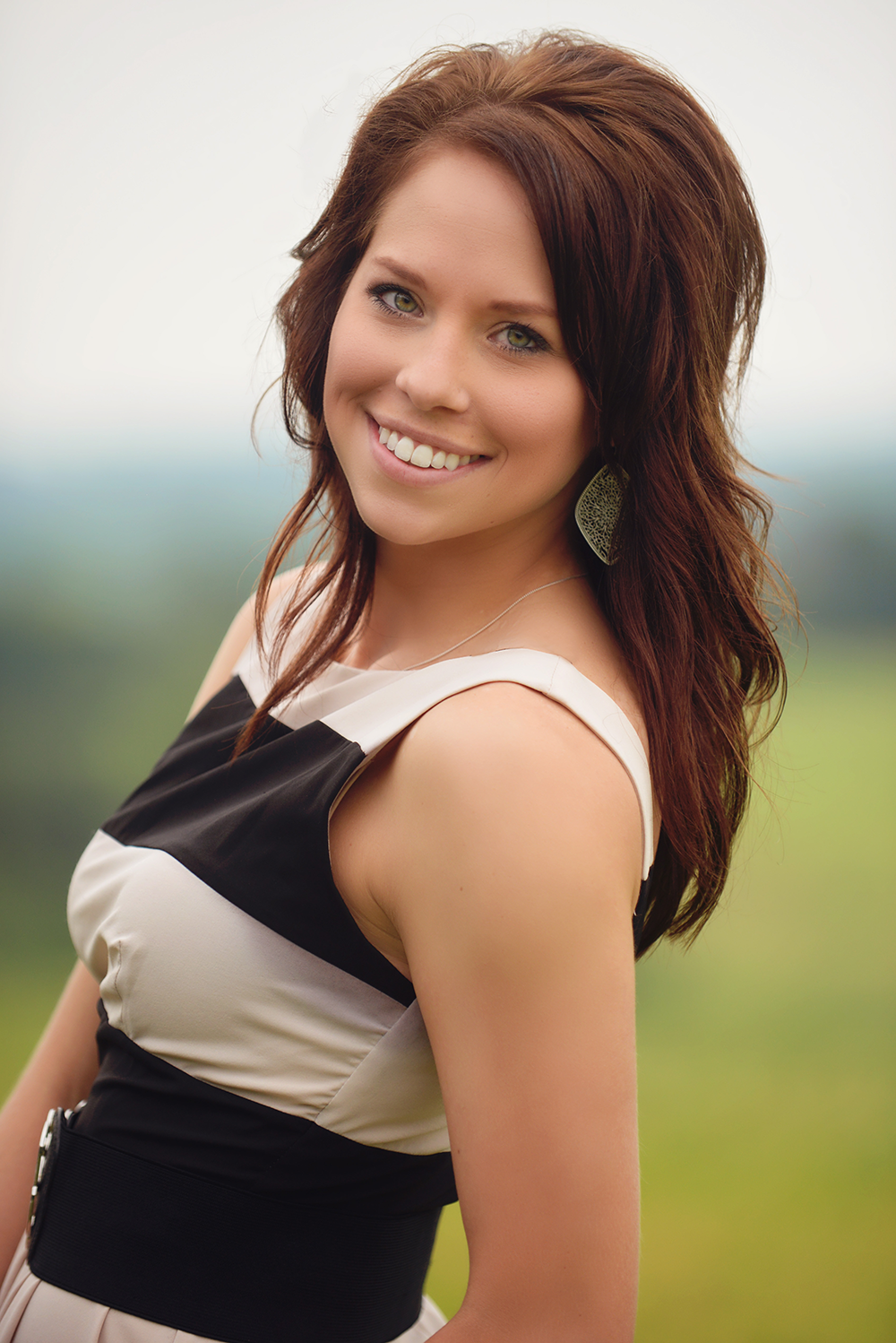 outdoor womens professional headshot