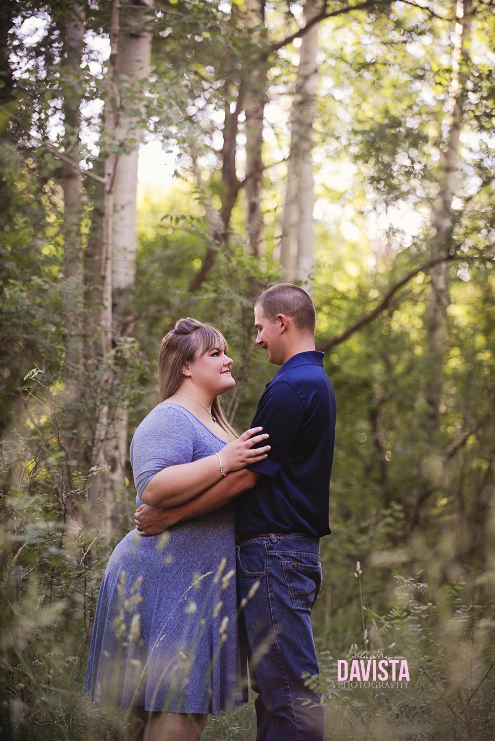 beautiful outdoors anniversary photography