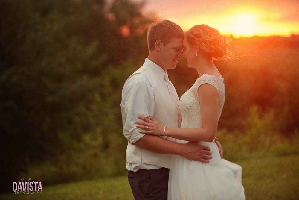 gorgeous portraits of minnesota bride and groom at sunset