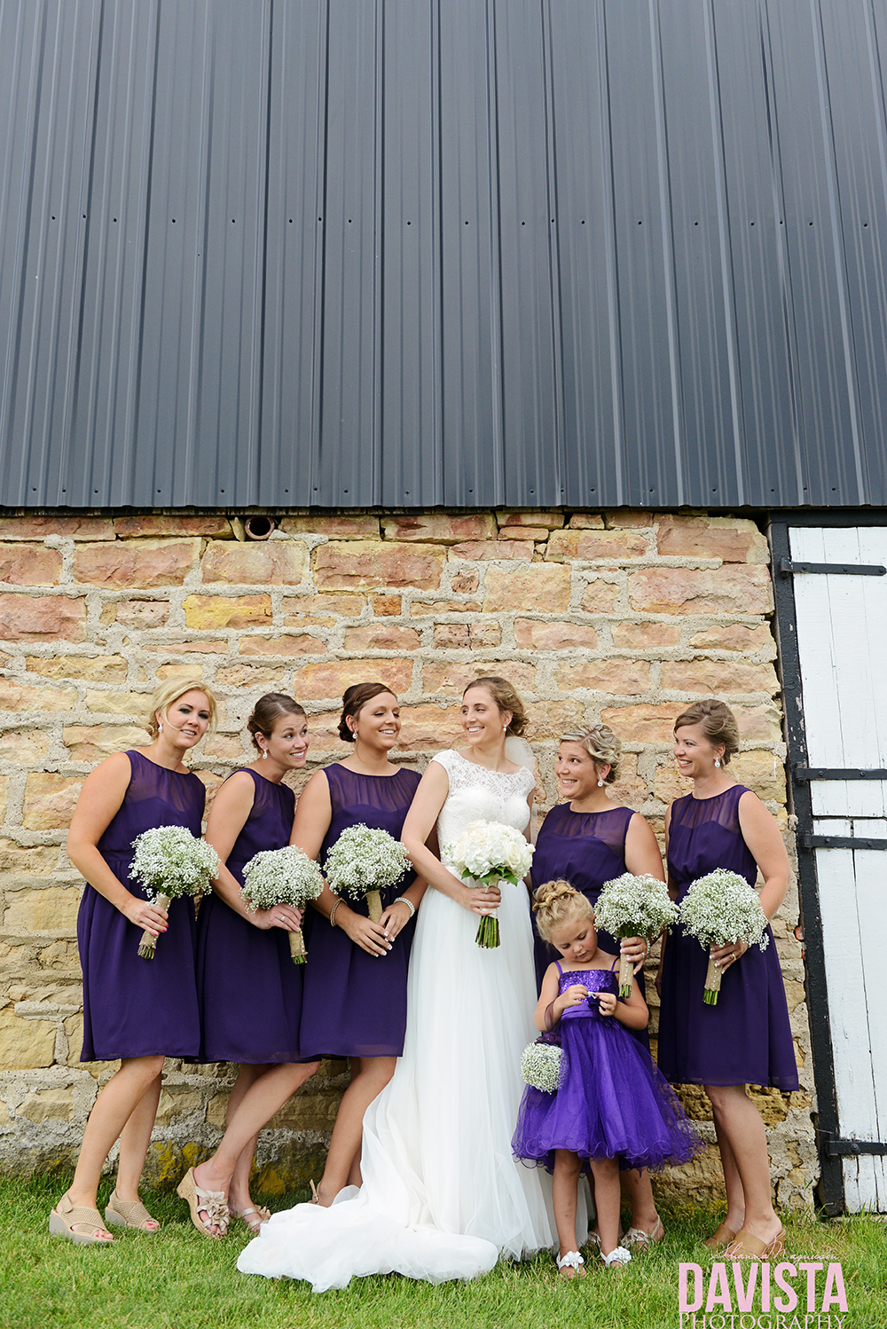bride and bridal party poses