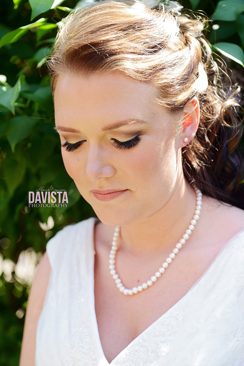 gorgeous bridal portraits in pearls