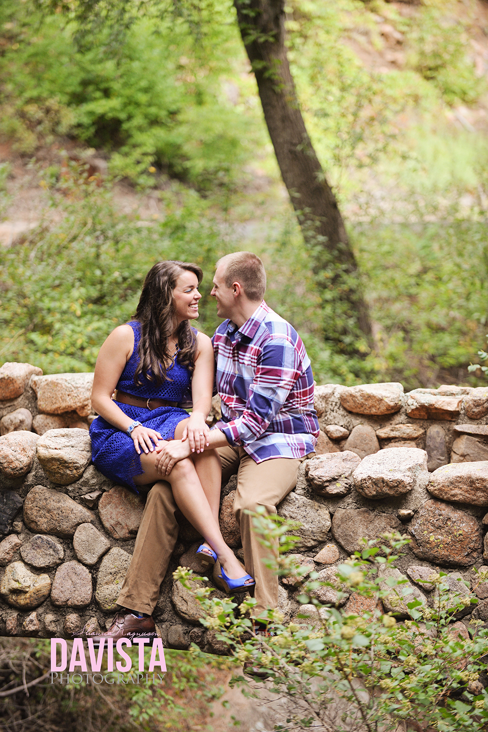 beautiful colorado springs engagement session