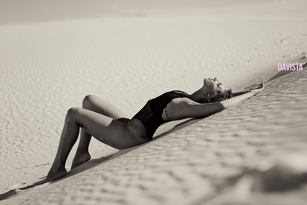 gorgeous white sands boudoir photography