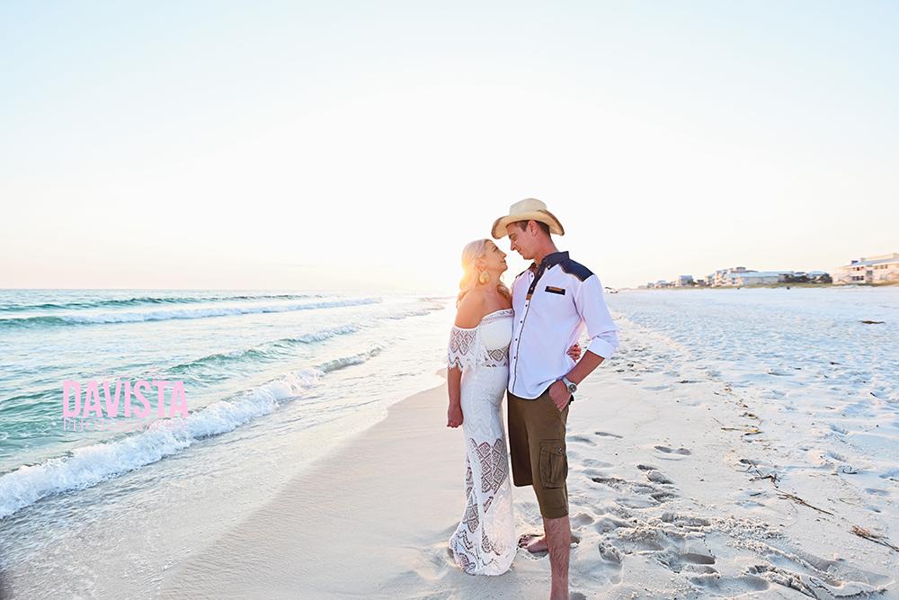 30a couples photoshoot on the beach