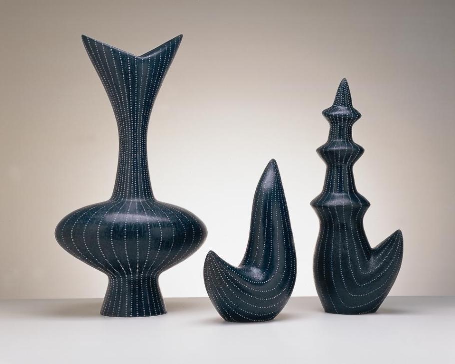 Oviform .Winner: Hobart Art Award. Oviform (Ceramic. 85 cm Height.)