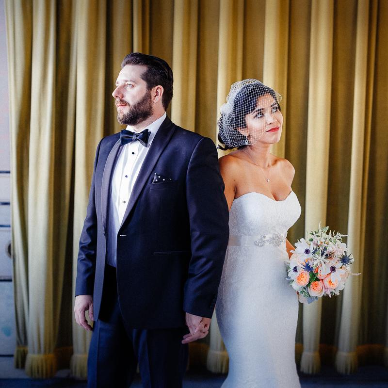 Wedding_photographer_New_York_City_Metropolitan_building_Peterrigophotography_0001.jpg