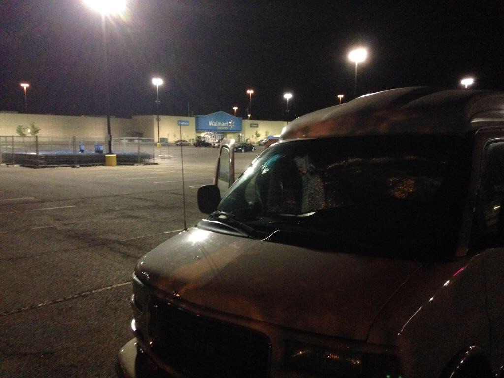 Turns out you  can  sleep in a van in a Walmart parking lot. (Or nobody noticed us?)