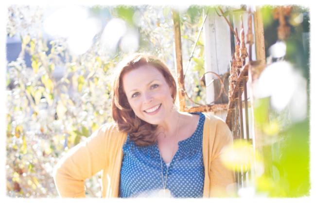 Meet our latest spotlight artist:  Sarah Martin .