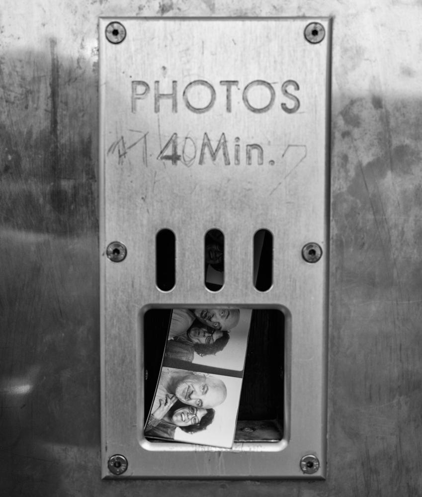 Photoautomat. Bahnhof Zoologischer Garten Berlin | July 2019