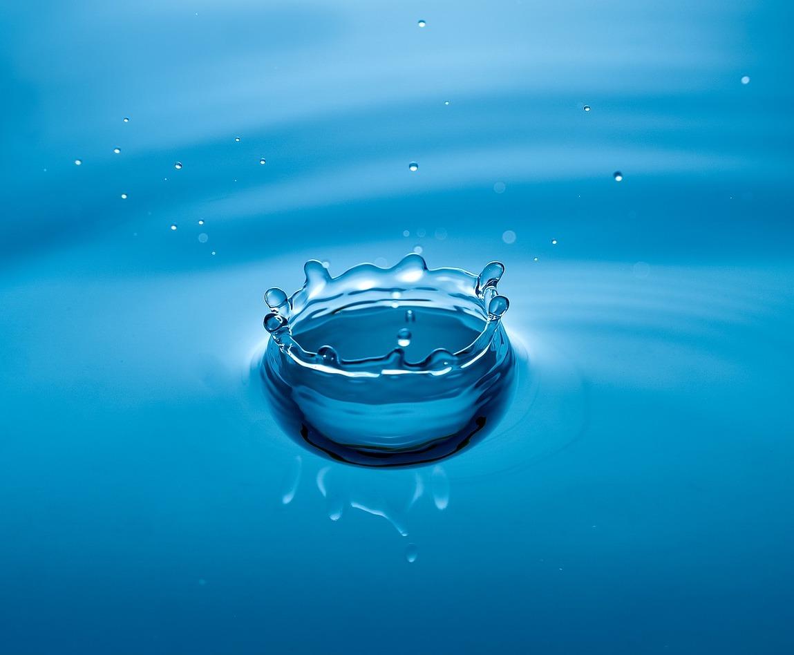 water-1828850_1920.jpg