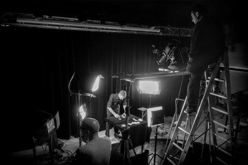 DREHARBEITEN - zu Swiss Post DirectDay 2017 Opener mit Ralph Wiedemeier (Frame Factory) und Pat Perry (CLOSE Theater).