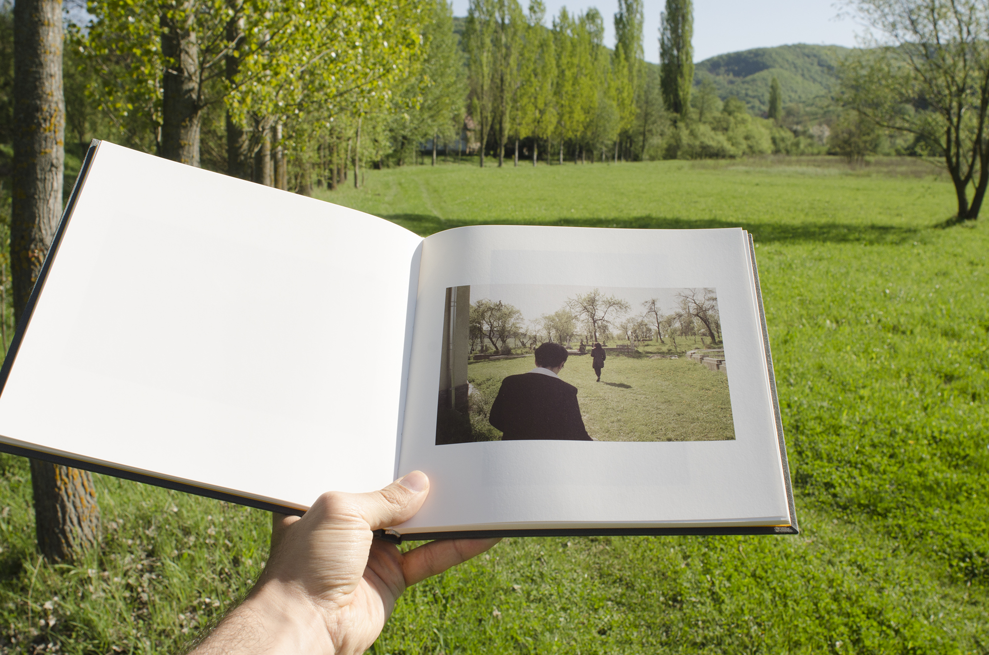 Photobook+Familiar+Place+by+artist+Ovidiu+Gordan002.jpg