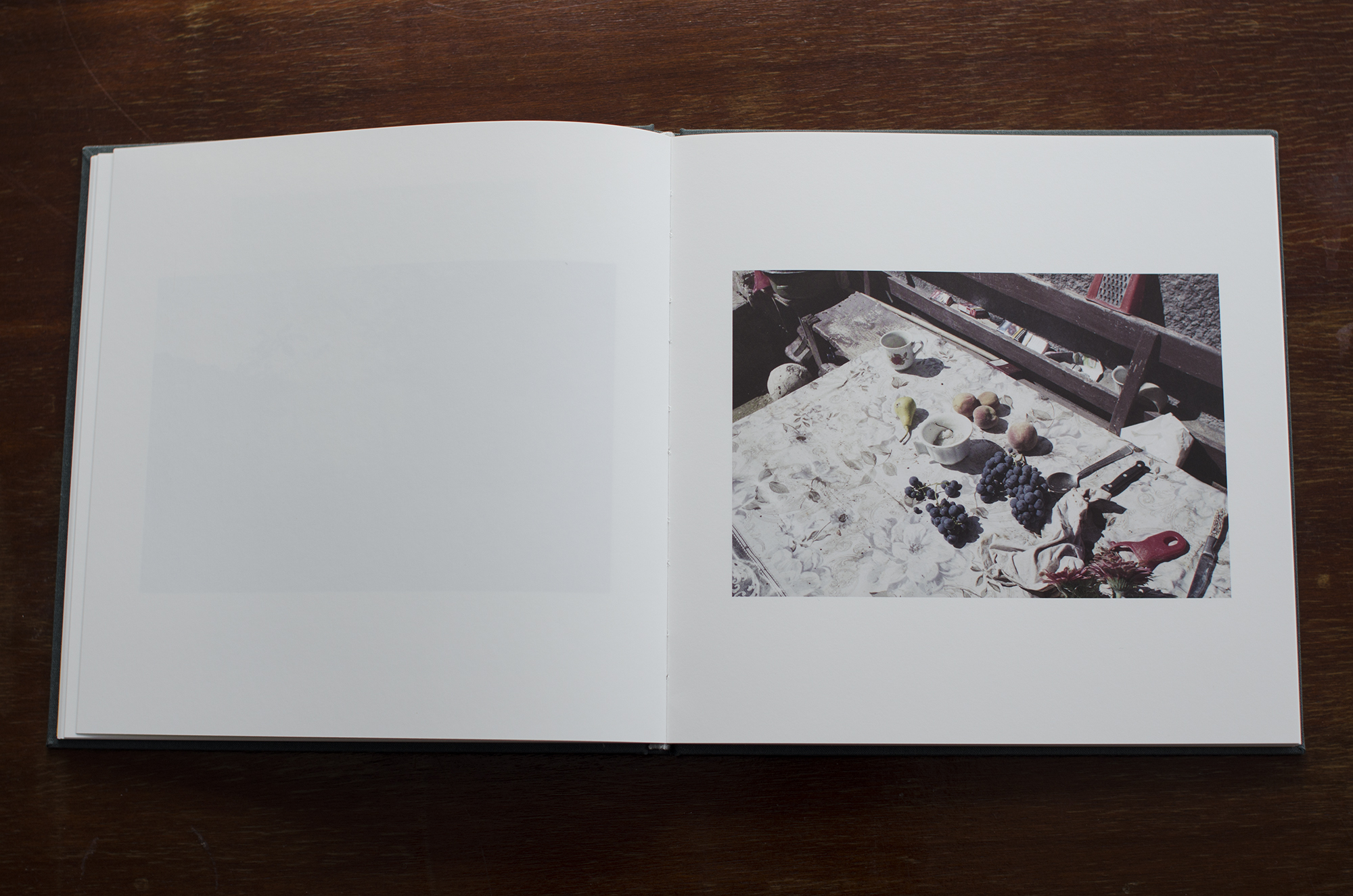 Ovidiu+Gordan+Familiar+Place+photobook_05.jpg