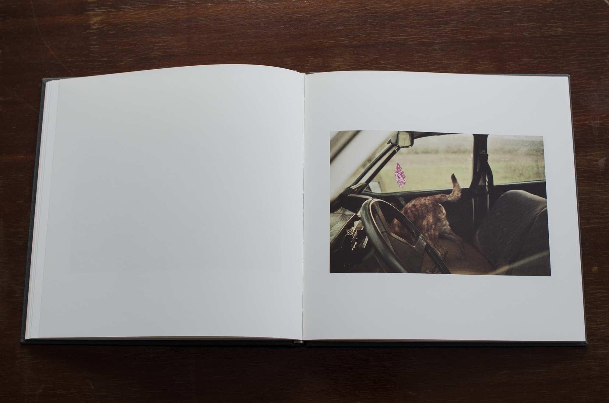 Ovidiu+Gordan+Familiar+Place+photobook_07.jpg