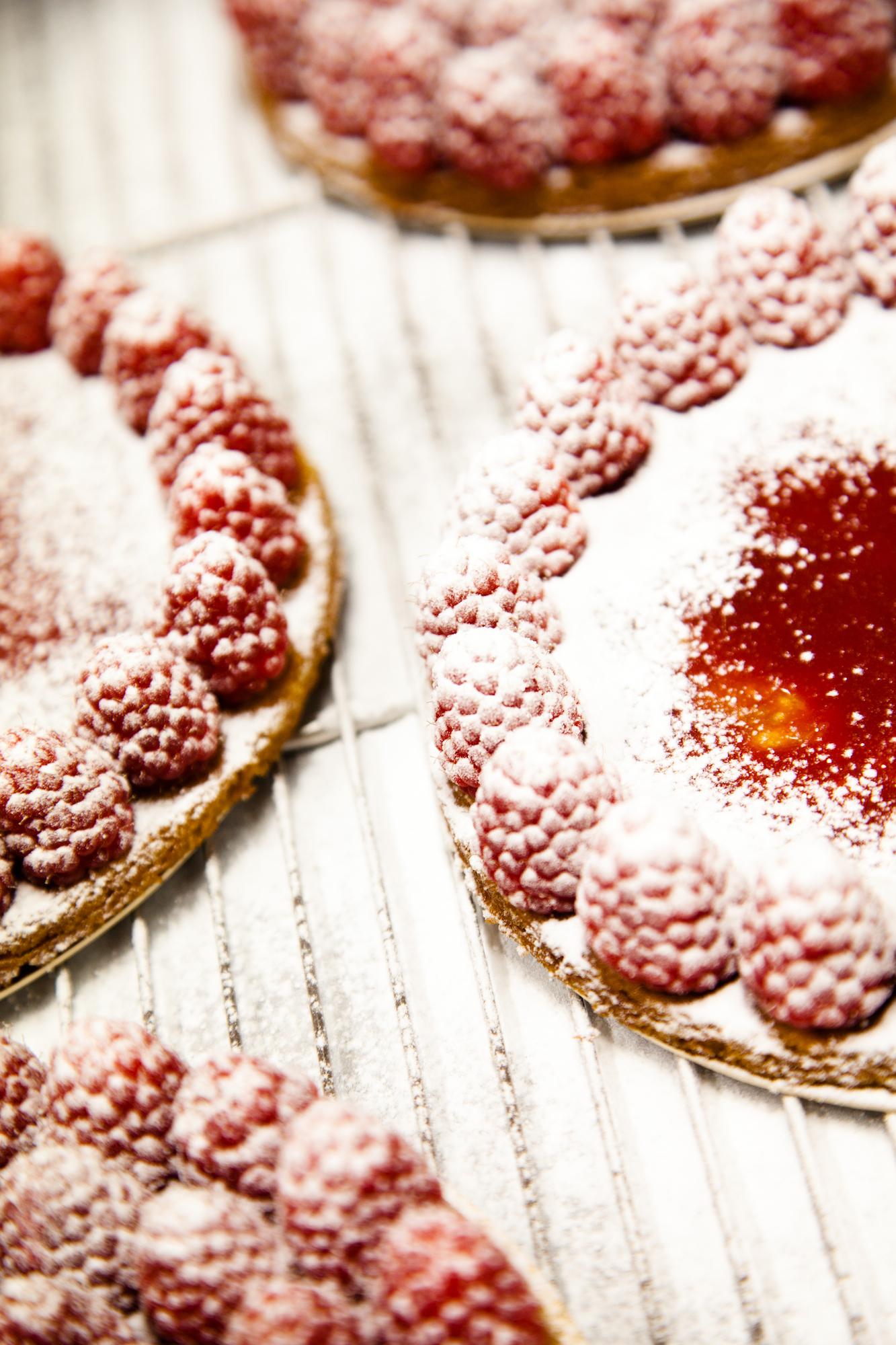 """""""Et la tarte aux fraises, tu l'as goutée?"""" © T. Caron"""