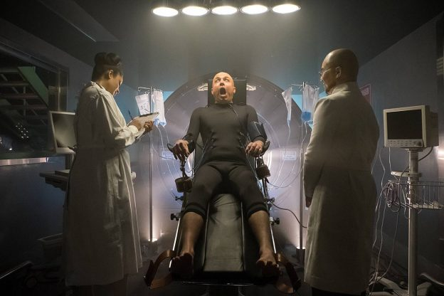 gotham-season-2-photo-Brian-McManamon-BD-wong-as-Clayface-Hugo-Strange-624x416-1.jpg
