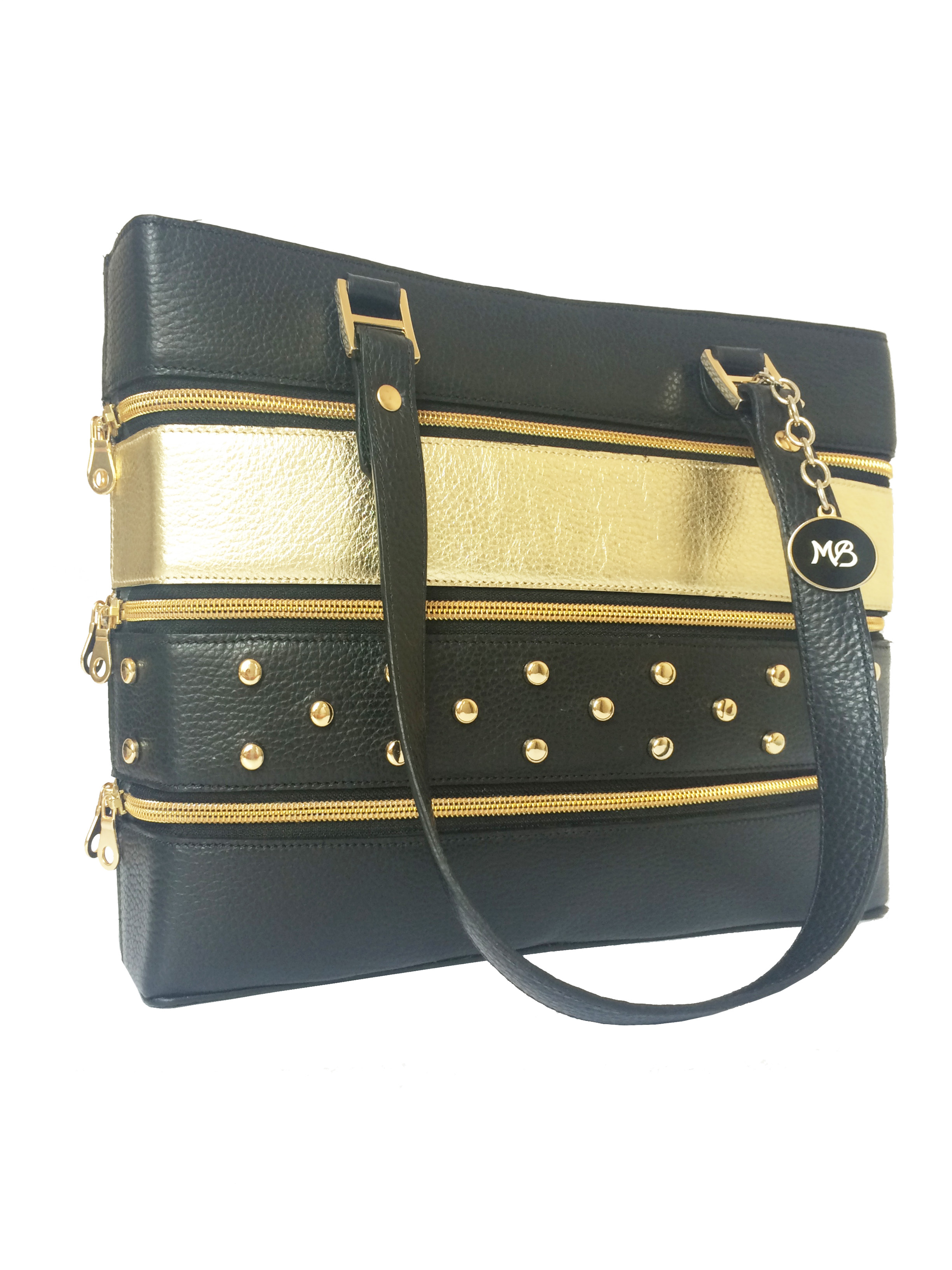 BE wright SHOPPINGDIMENSIONS: 30x25x10 cmMATERIALS: Italian Leather.ACCESSORIES COLOUR: Gold and Silver -
