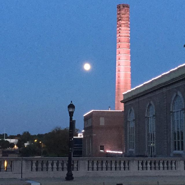 Cool #moonshot #inWilm at a great architectural structure and tower in @cityofwilmington - the old Brandywine Pumping Station and #waterworks #cityscape #delaware #brandywineriver #muchbetterinperson #wilmtoday #wilmtonight (shot 8/24/18)