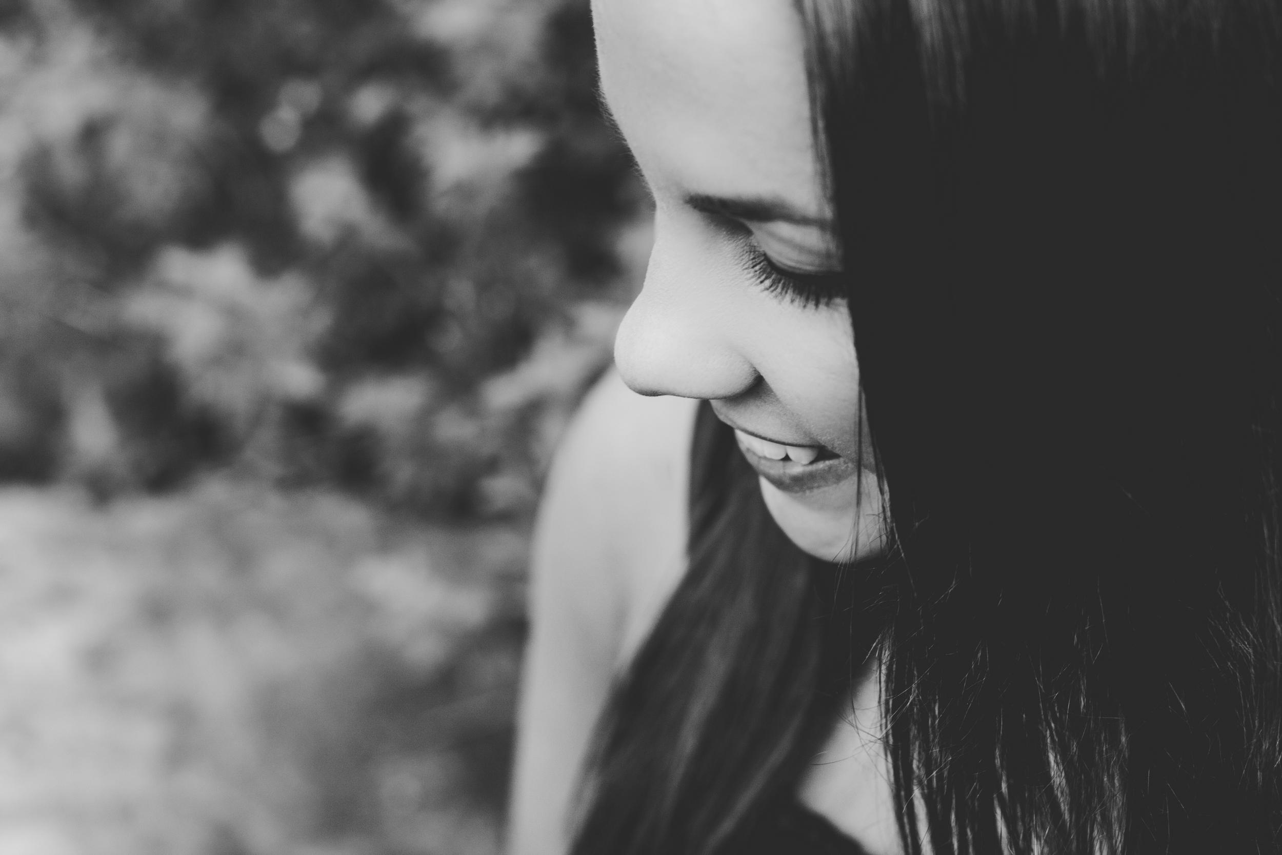 Nina_SeniorPortraits-19.jpg