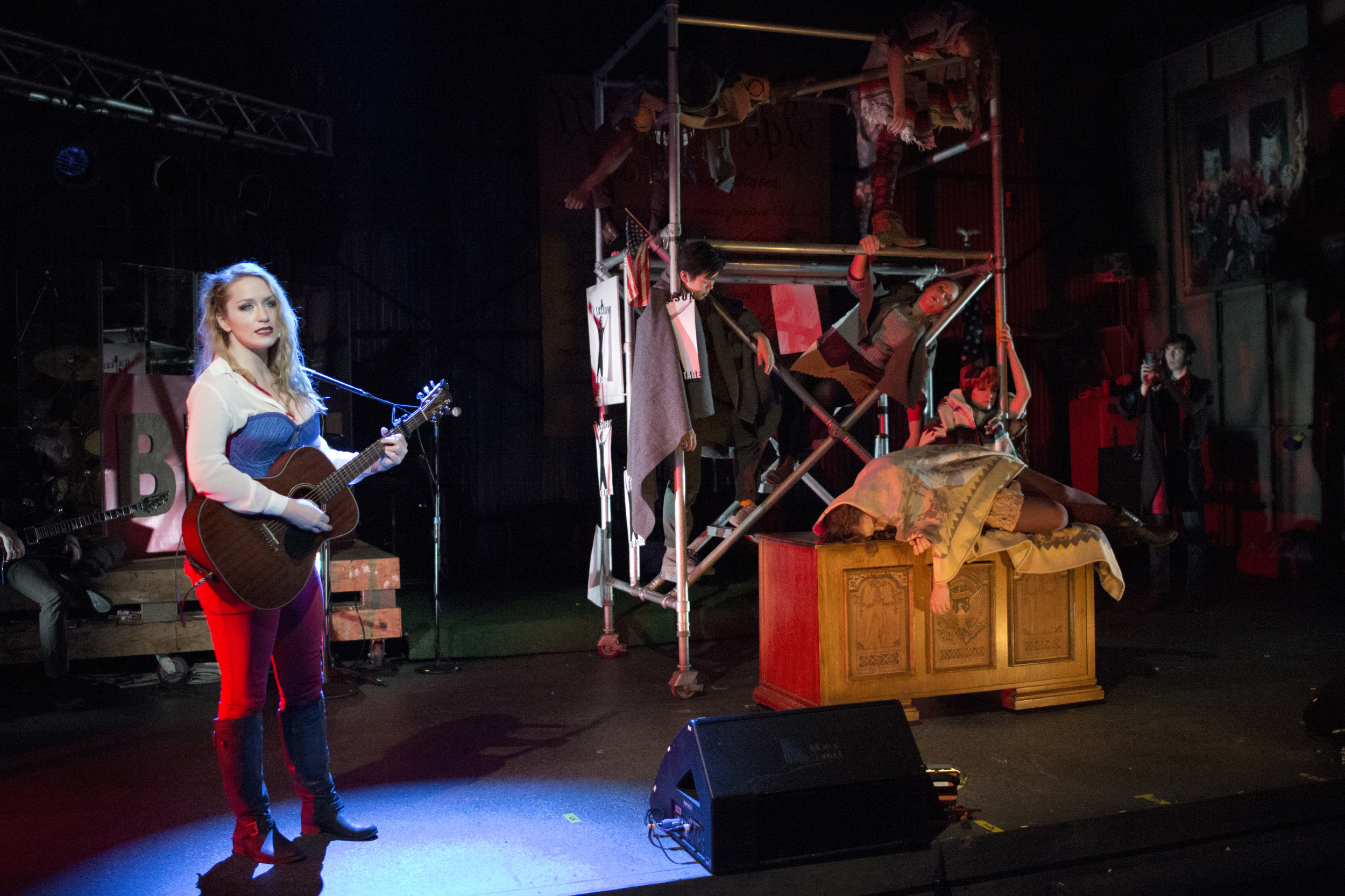 bloody-bloody-andrew-jackson-scenic-design-andy-broomell-6.jpg
