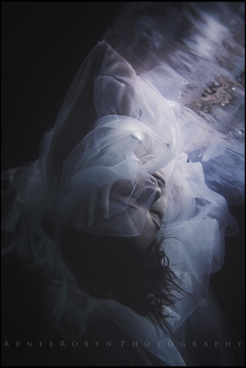 PHOTOGRAPHER - RENEE ROBYN  (https://www.facebook.com/reneerobynphotography)  MODEL - MADISON MAH  DESIGNER  - MELANY ROWE