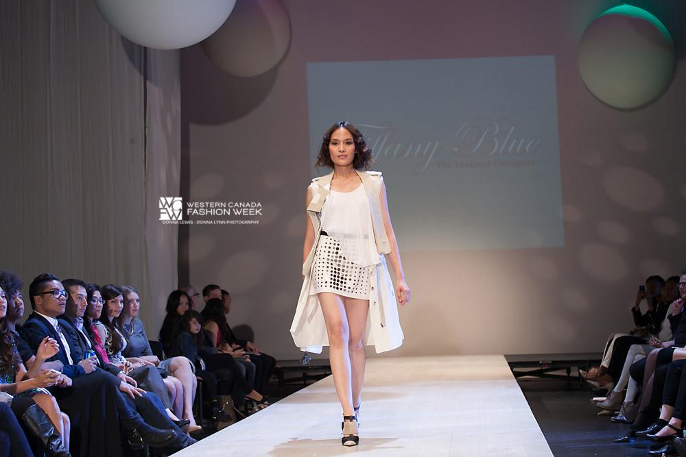 Designer - Tiffany Blue  Donna Lynn Photography
