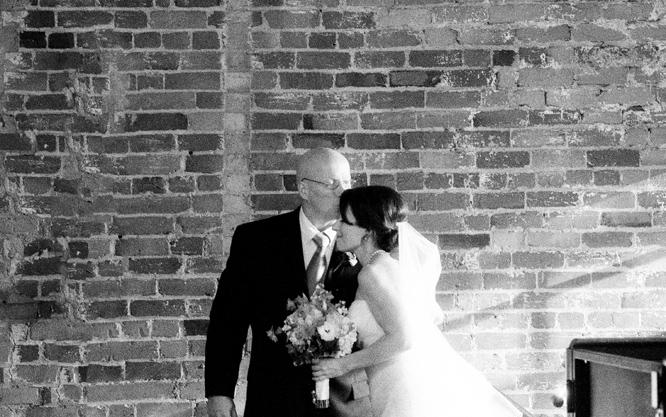 Foundry-Park-Inn-WedAthens-Georgia-Wedding-Photographer015