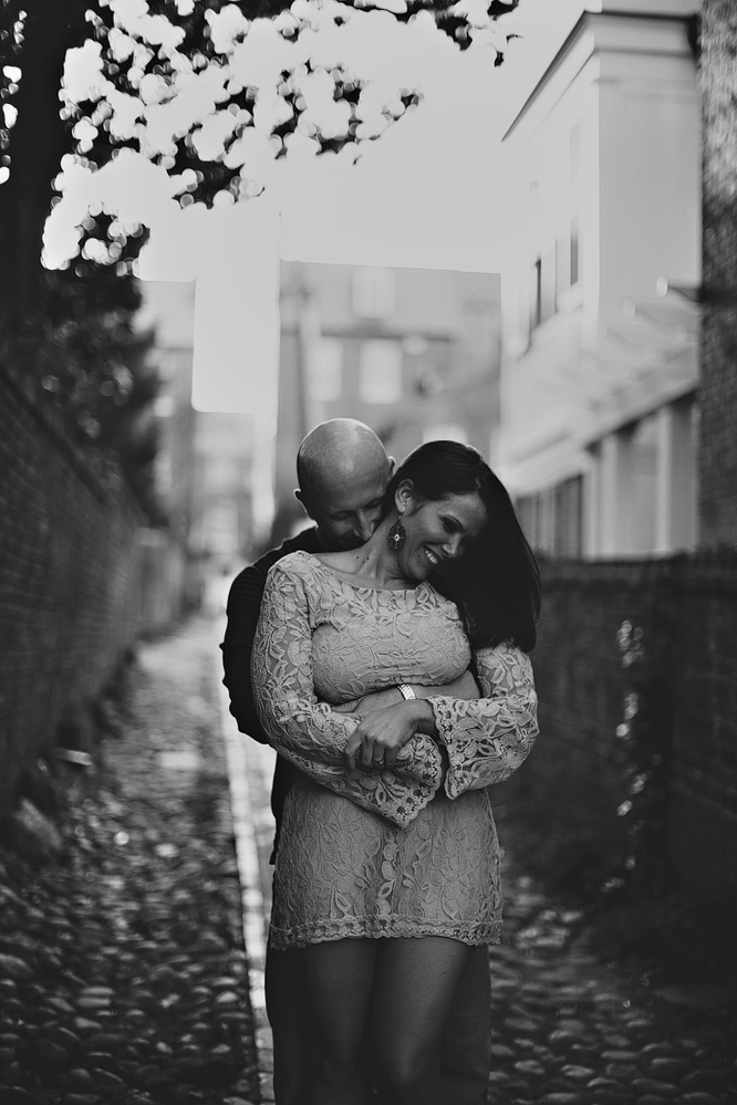 Old-Town-Alexdria-Engagement-Photographer015