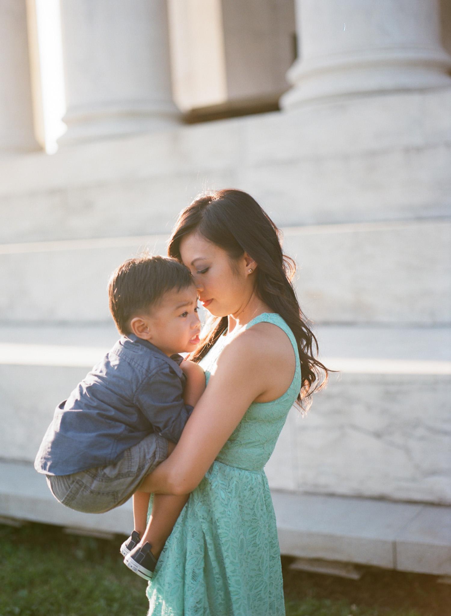 Jefferson-Memorial-Portrait-Photographer-11.jpg