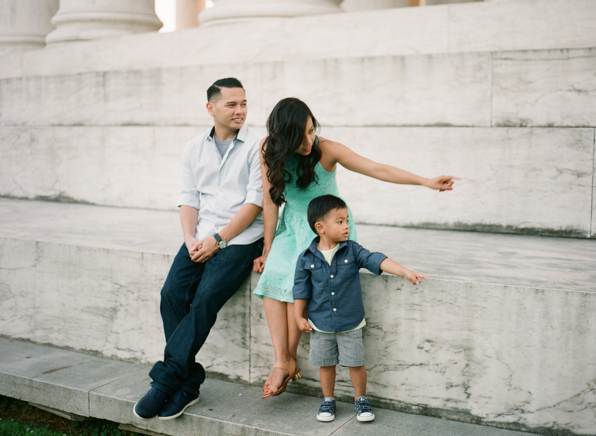 Jefferson-Memorial-Portrait-Photographer-30.jpg