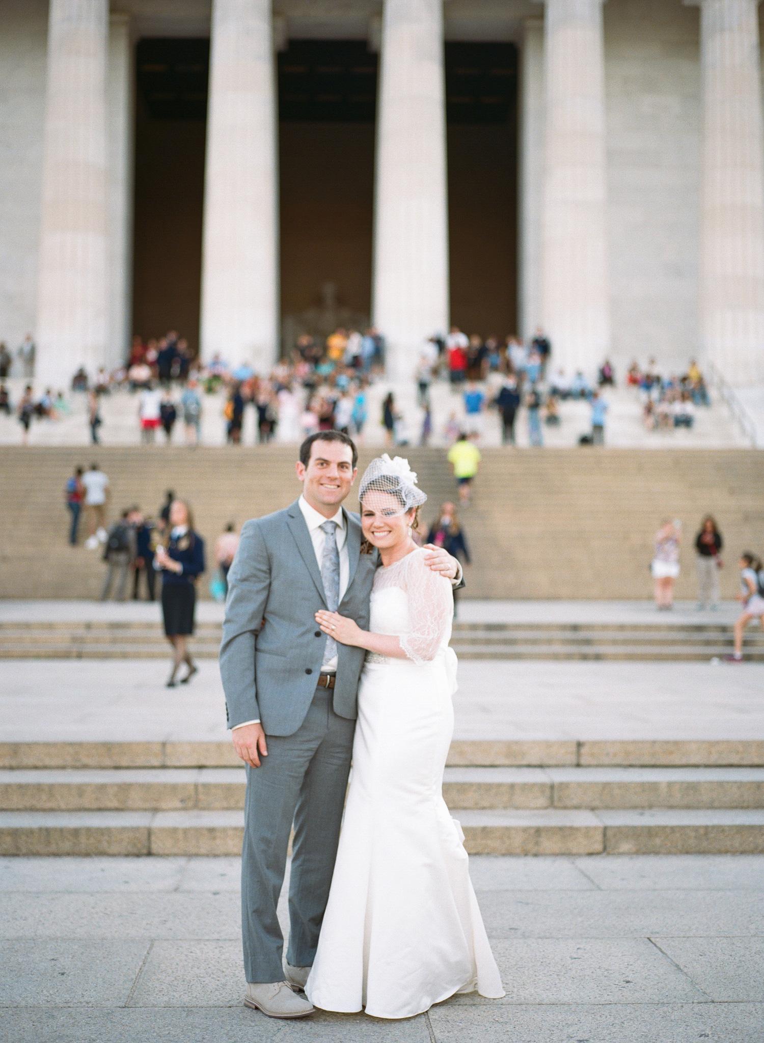 291-lincoln-memorial-wedding-photography.jpg