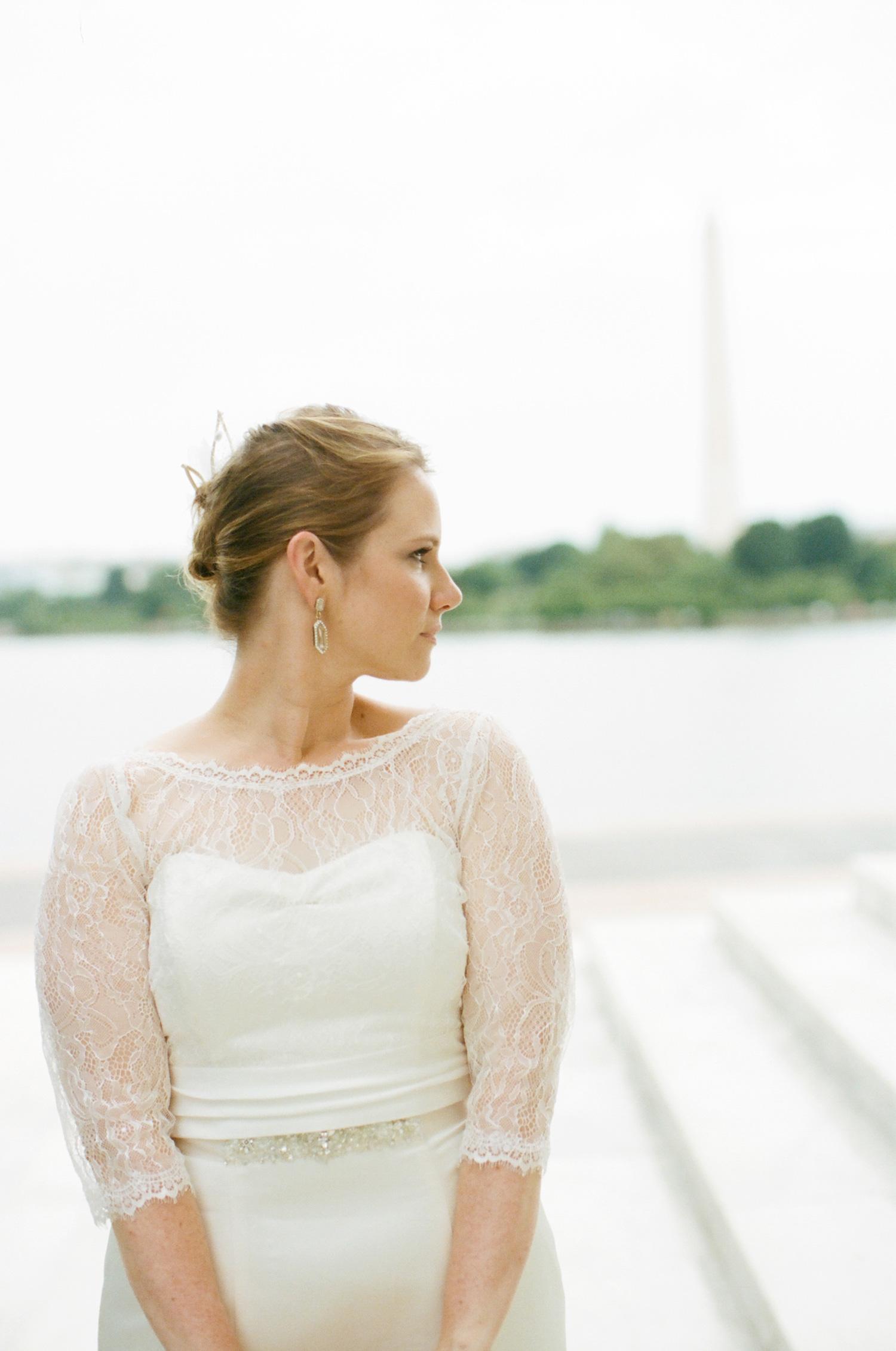 298-jefferson-memorial-wedding-photography.jpg