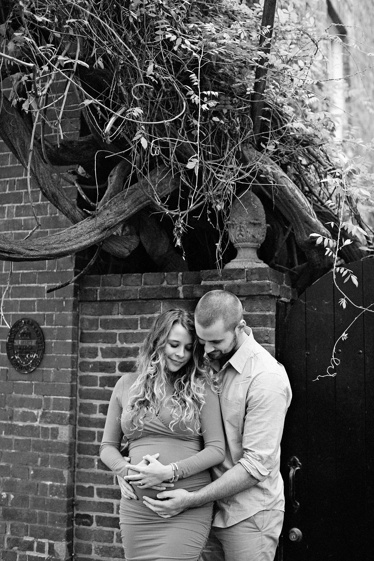 515-old-town-alexandria-maternity-photography.jpg